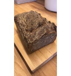 Afhent selv Tirsdag kl. 15-16: 1 stk. Benjamins Friskbagte rugbrød, ca. 1200 gram
