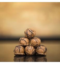 6 stk. Romkugle m. Karamel-chokolade, i Baks Æggebakke, Nr. Aaby, Baks Bakery